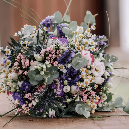 Hochzeitsreportage - Brautstrauß im Münsterland - Fotoshooting mit Siebenschön Photography