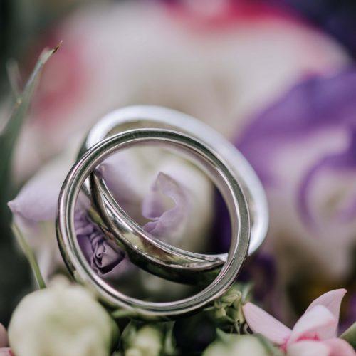 Eheringe - Brautpaarshooting - Hochzeitsfotografie in Ahlen mit Siebenschön Photography