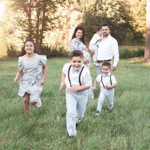 Authentische Familienfotos im Park in der Nähe von Ahlen - fotografiert von Siebenschön Photography