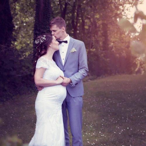 Hochzeitsfotografie im Kreis Warendorf - Werdende Eltern und frisch verheiratet - fotografiert von Siebenschön Photography in der Nähe von Rheda-Wiedenbrück